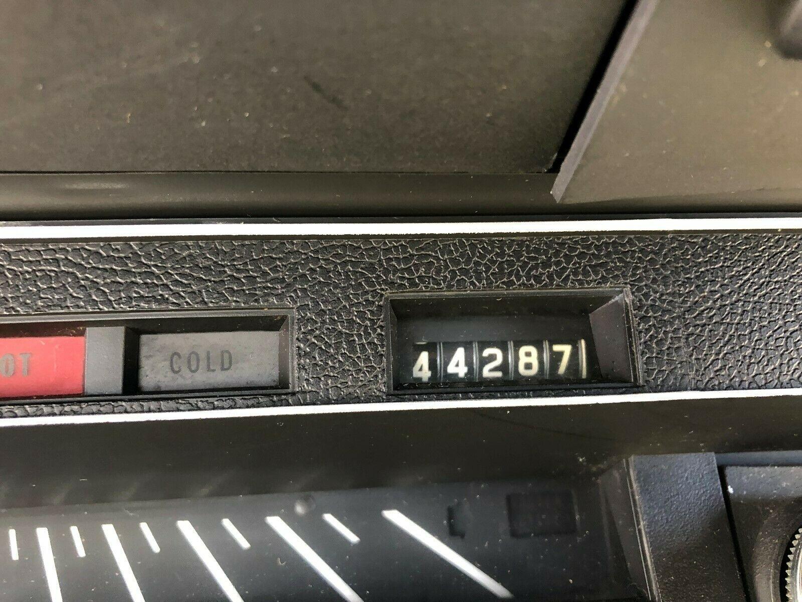 858552441