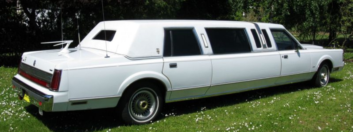 En vente : Lincoln Town Car Stretch 1985